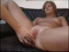 Wet amateur girlfriend gets hardcore fucked with big cock in twat